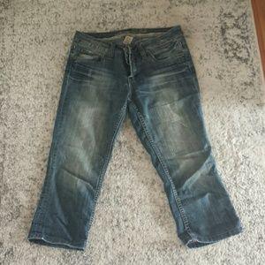 Refuge cropped/capri jeans